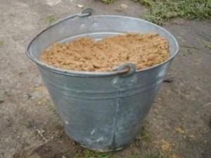 ведро с песком