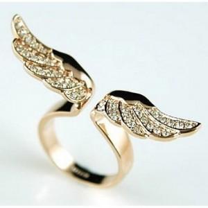 кольца с крыльями