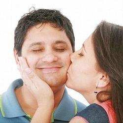 к чему снится поцелуй в губы со знакомой девушкой