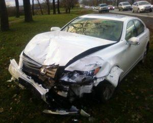 Чужая разбитая машина