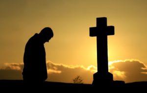 К чему снится, что умер любимый человек