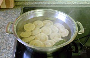 Готовить блюдо