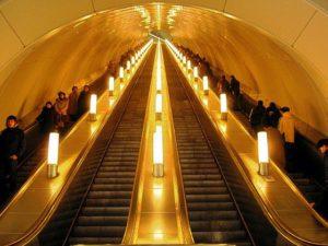 Движущаяся лестница