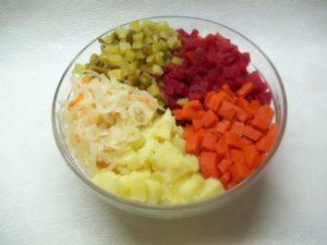 Готовить любимый салат