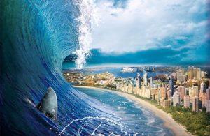 Приближение огромной волны