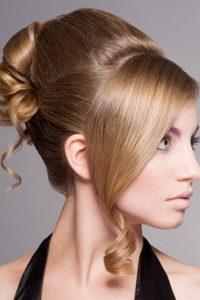 Необычный вид волос