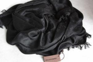 Темная шаль