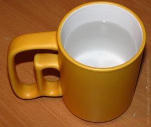 Сонник чашка водой