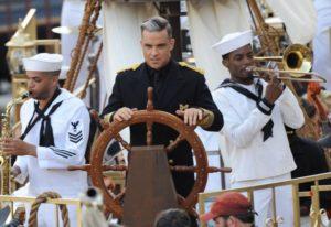 Управлять судном
