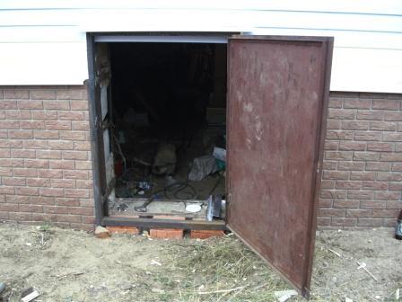делаем металлическую дверь в подвал