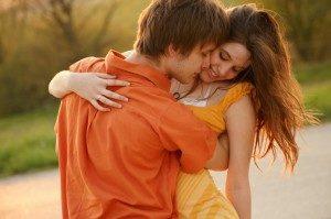 С поцелуем