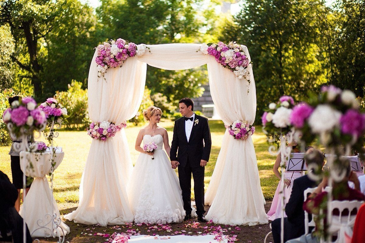 Оформление свадебных арок
