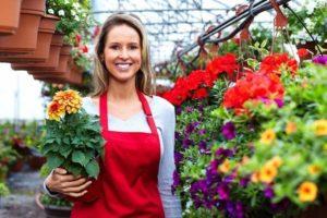 Продавать цветы