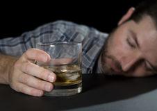 Напиваться