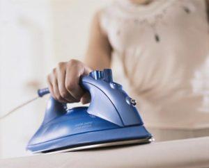 Гладить одежду