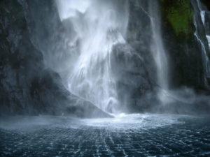 неудержимая водная стихия
