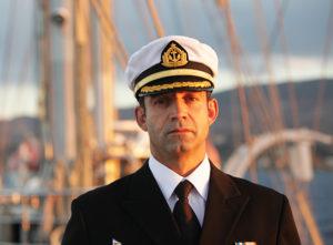 Командир судна